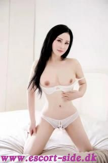 Kimiko in Rødekro! ->busty Japan Babe! Hot Threesome with sexy Emily available!
